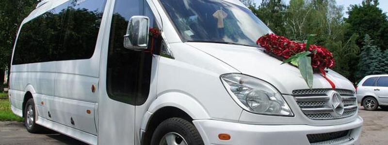 Arenda avtomobiley na svadbu